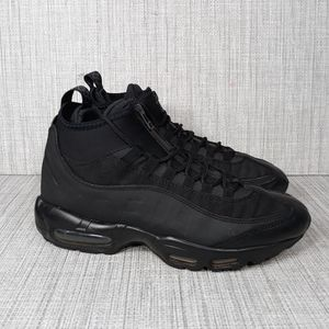 Nike Air Max 95 SneakerBoot Triple Black Sz 7.5